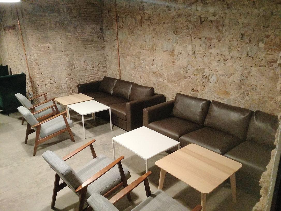 Domiciliar la compañía en Hibrid Coworking Barcelona